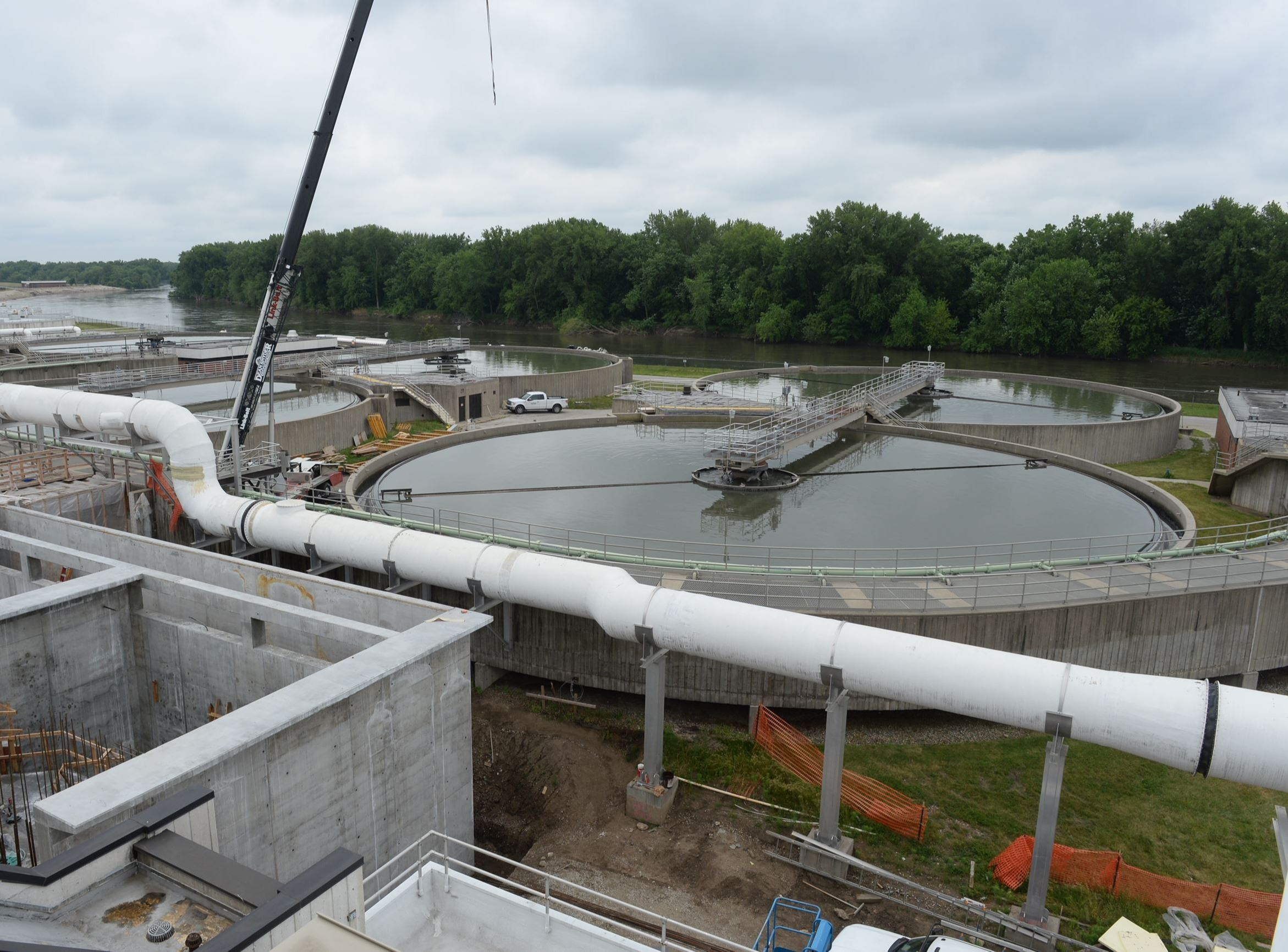 Primary Clarifier with Construction
